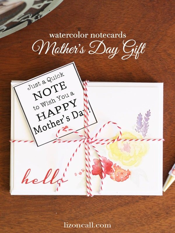 Mother's Day gift idea with free printable from lizoncall.com