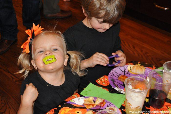 halloween-dinner-party-12