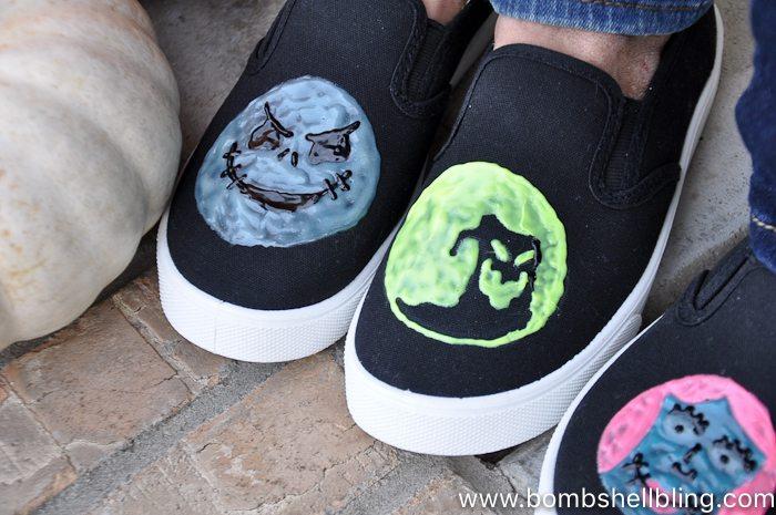 Nightmare Before Christmas Shoes Diy.Glow In The Dark Nightmare Before Christmas Shoes