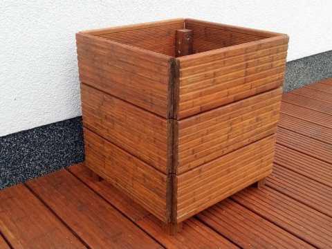 pflanzkübel selber machen holz pflanzkübel aus holz selber bauen | anleitung in
