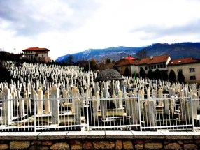 cemetary-from-bosnian-war