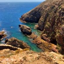 Berlenga cliffs and water2
