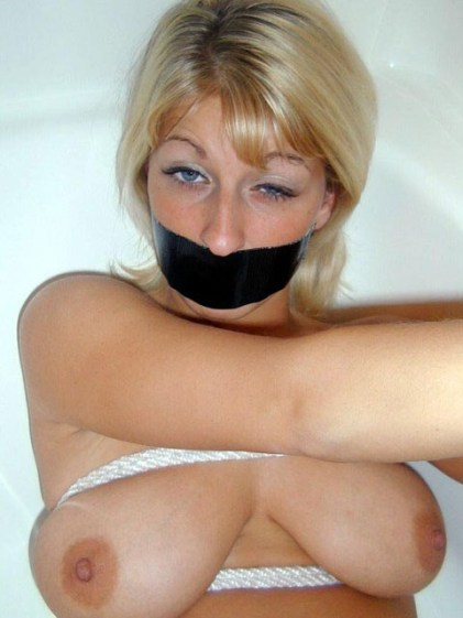 Horny Amateur Girls love Handcuffs and Rope