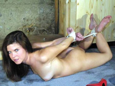 Hot Amateur Girlfriends love to have Sex in Bondage