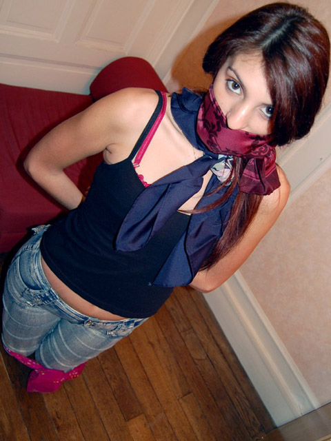 Kinky young Girls gagged and blindfolded with Bandanas