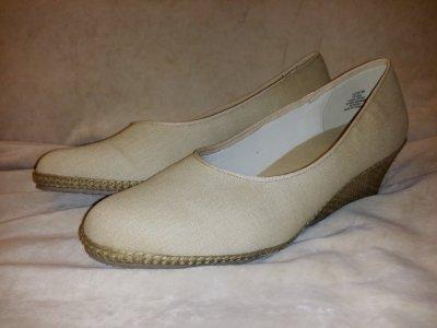 Beacon women's Newport casual shoes