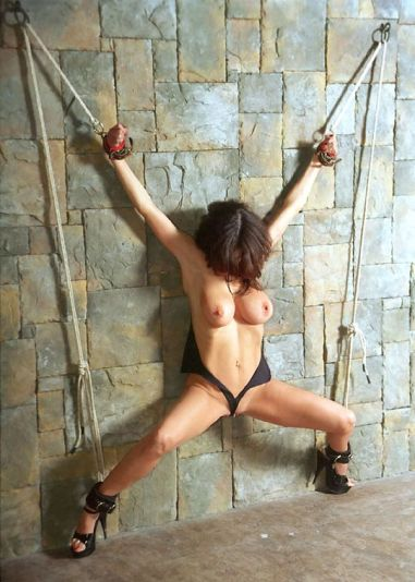 Bondage Queen Ashley Renee Gets Restrained and Tortured Hard