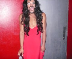 april fool dress as a woman