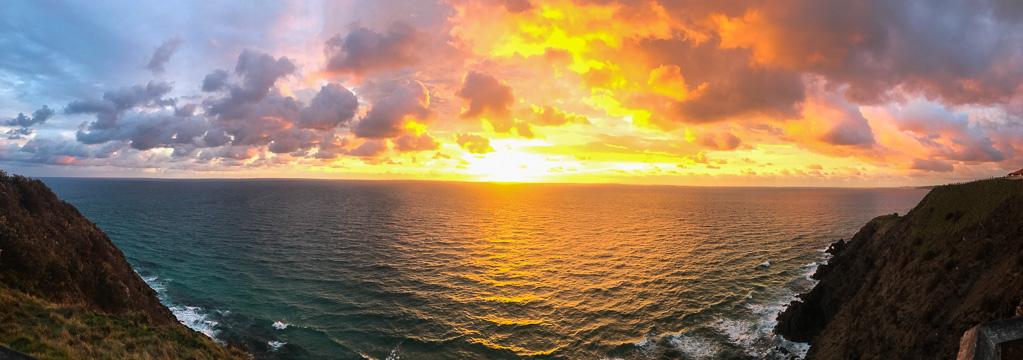 beautiful ocean sunrise