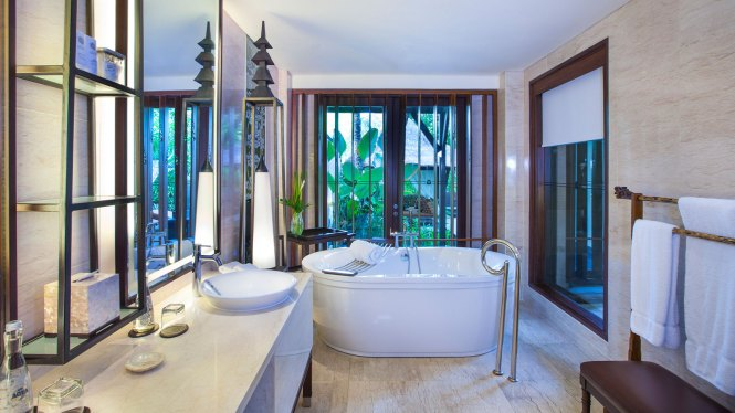 st.regis Bali pool suite bathroom