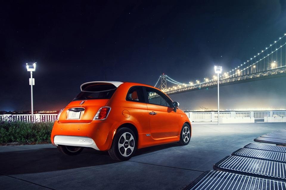2013 Fiat 500 Electric Car (4)