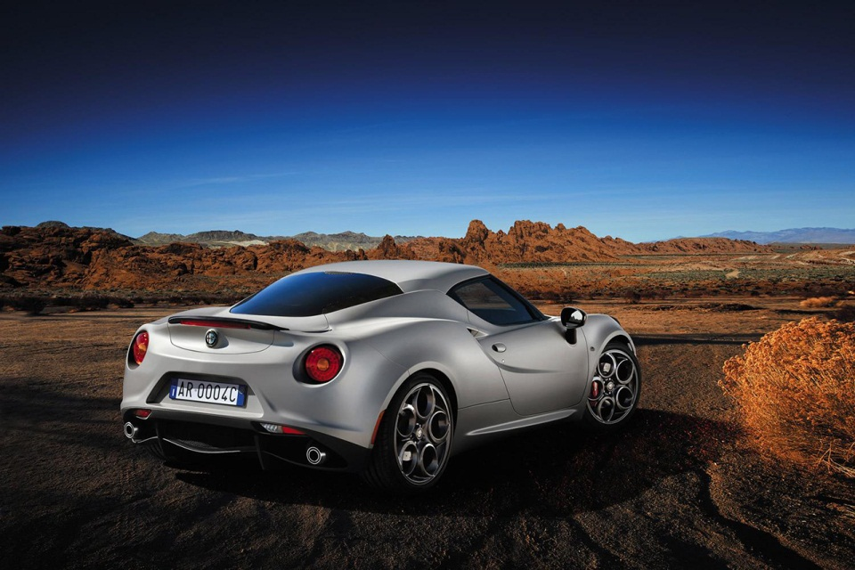 Alfa Romeo 4C Launch Edition (3)