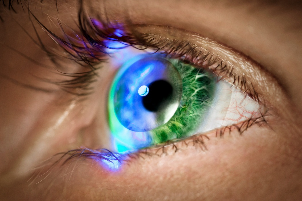 Augmented-Reality Contact Lenses (1)
