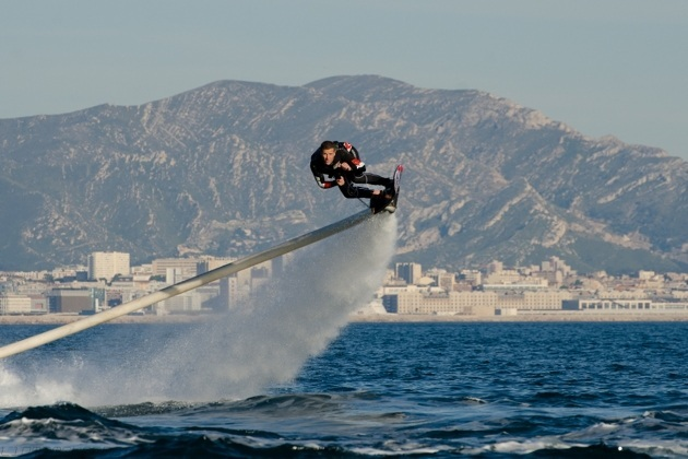 The Real Life Flying Water Hoverboard (8)