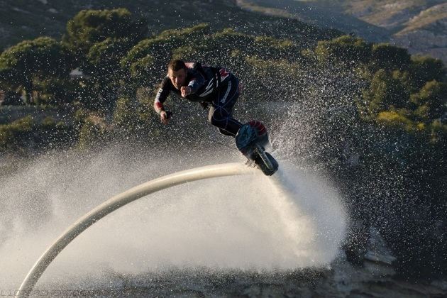 The Real Life Flying Water Hoverboard (4)