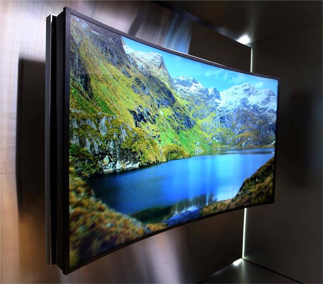 105-Inch Samsung Bendable UHD TV