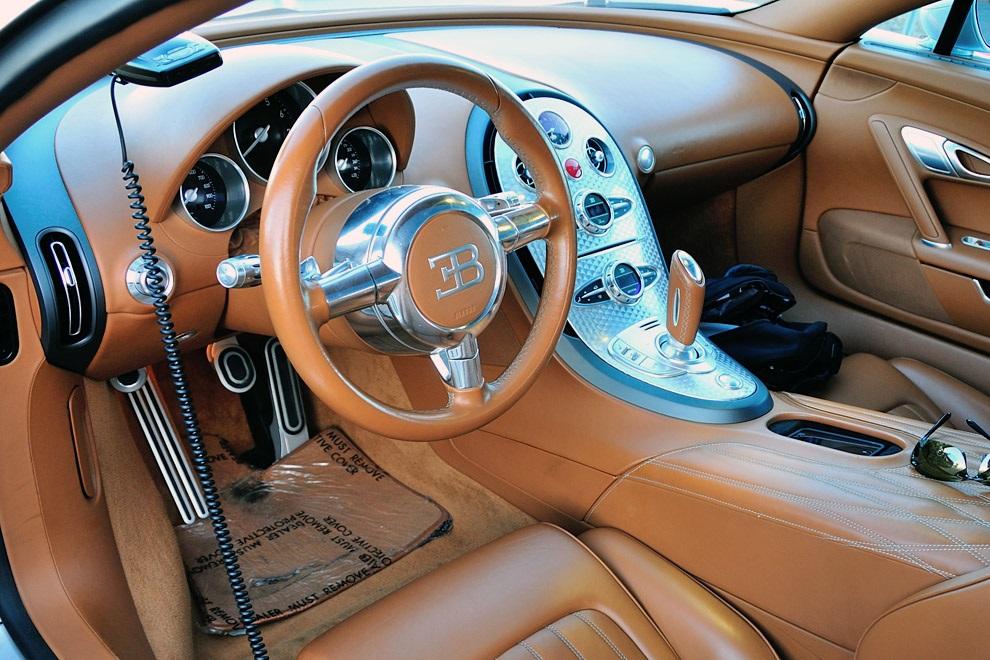 Bugatti Veyron 16.4 Grand Sport Vitesse 1 Of 1 (3)