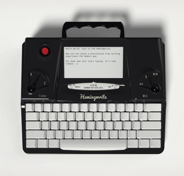 Hemingwrite Digital Typewriter Lets You Write Your Masterpiece (2)