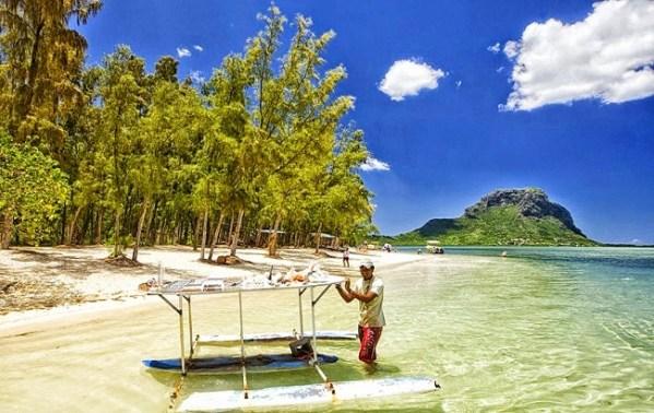 Mauritius - Benitiers Island