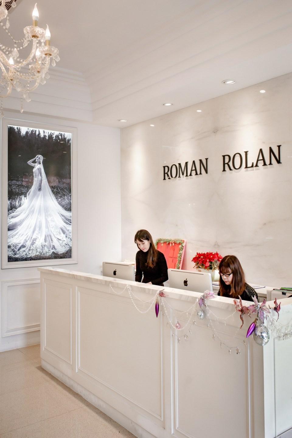 蘿蔓蘿蘭RomanRolan 法式手工婚紗