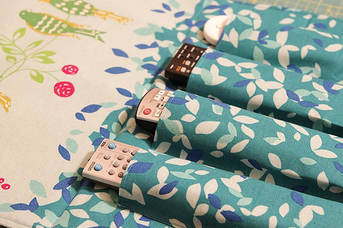 Remote Control Wall Organiser - a sewing tutorial by Kirsty at Bonjour Quilts