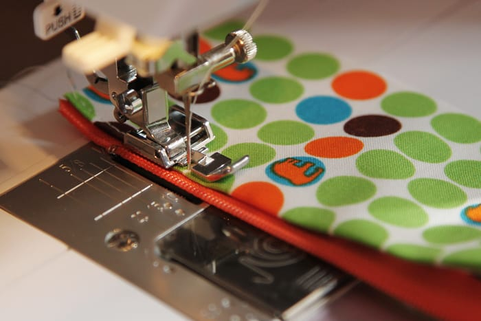 A sewing tutorial for a vinyl pouch by Kirsty at Bonjour Quilts