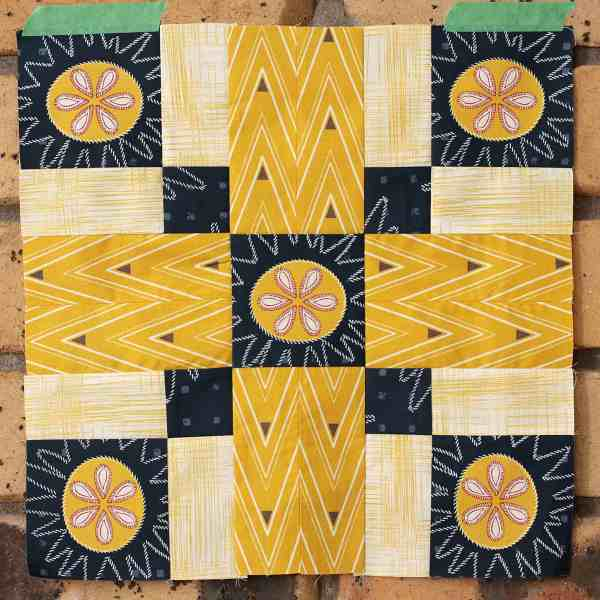 Kirsty at Bonjour Quilts: Bonnie, four blocks joined into one