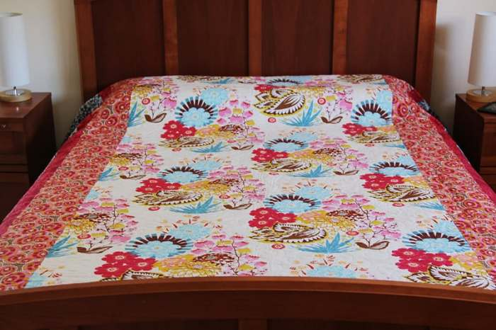 Queen-sized quilt by Kirsty at Bonjour Quilts - made in Anna Maria Horner fabrics