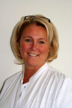 Dr. Katri Elina Clemens, Chefärztin der Klinik für Palliativmedizin der MEDICLIN Robert Janker Klinik in Bonn