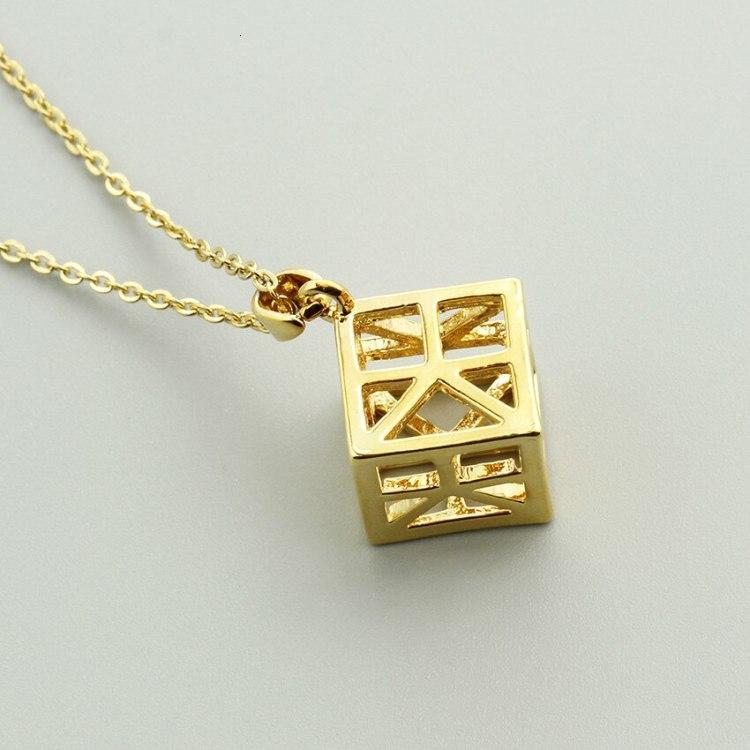 geometric simple minimalist necklace