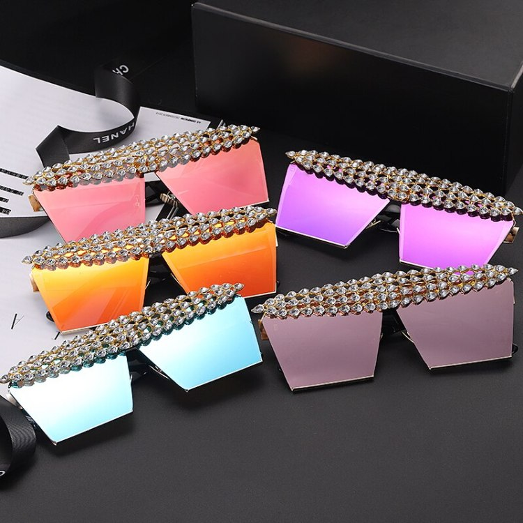 luxury fashion diamond rhinestones square sunglasses for women best trendy fashion products pair of sunglasses in multiple colors for women
