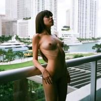 Ces 89 photos de femmes nues risquent de vous tuer