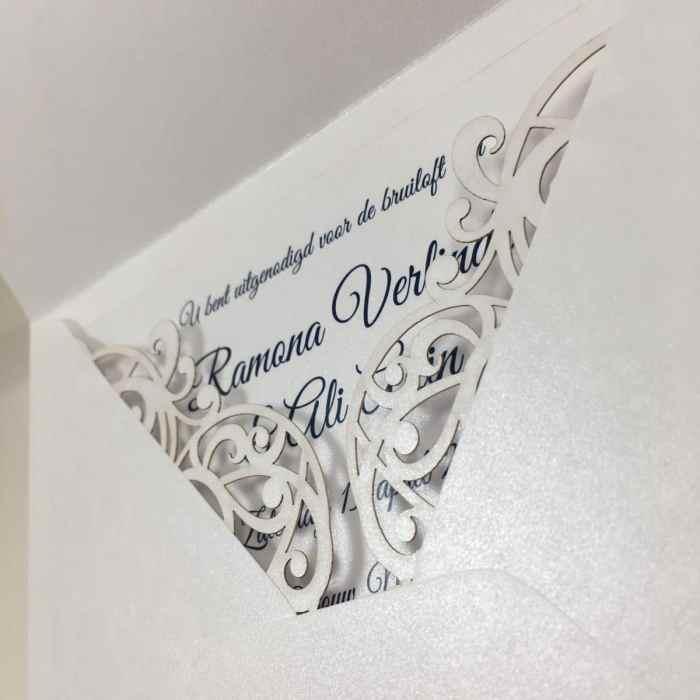 gelaserde trouwkaart envelop glans