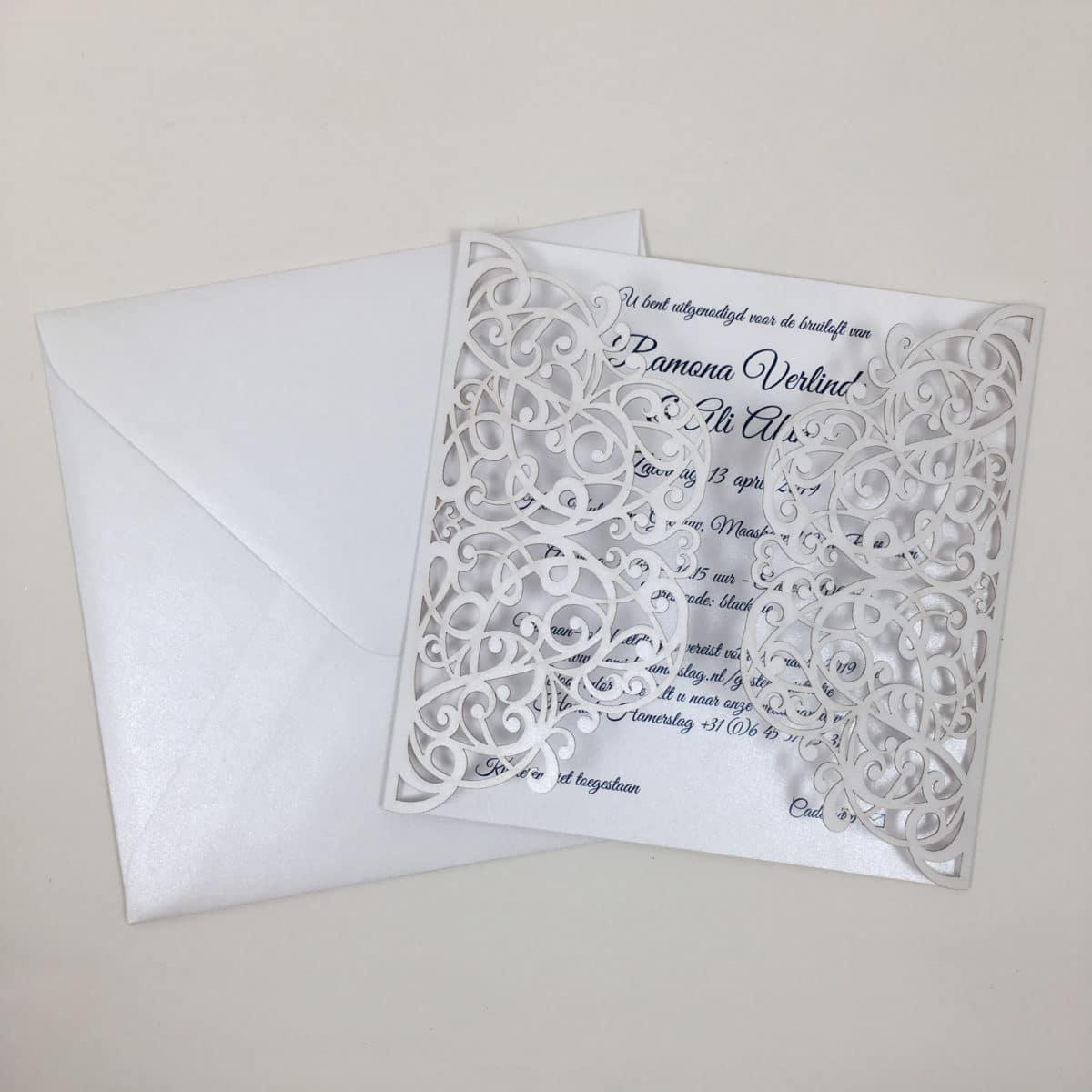 gelaserde huwelijksuitnodiging