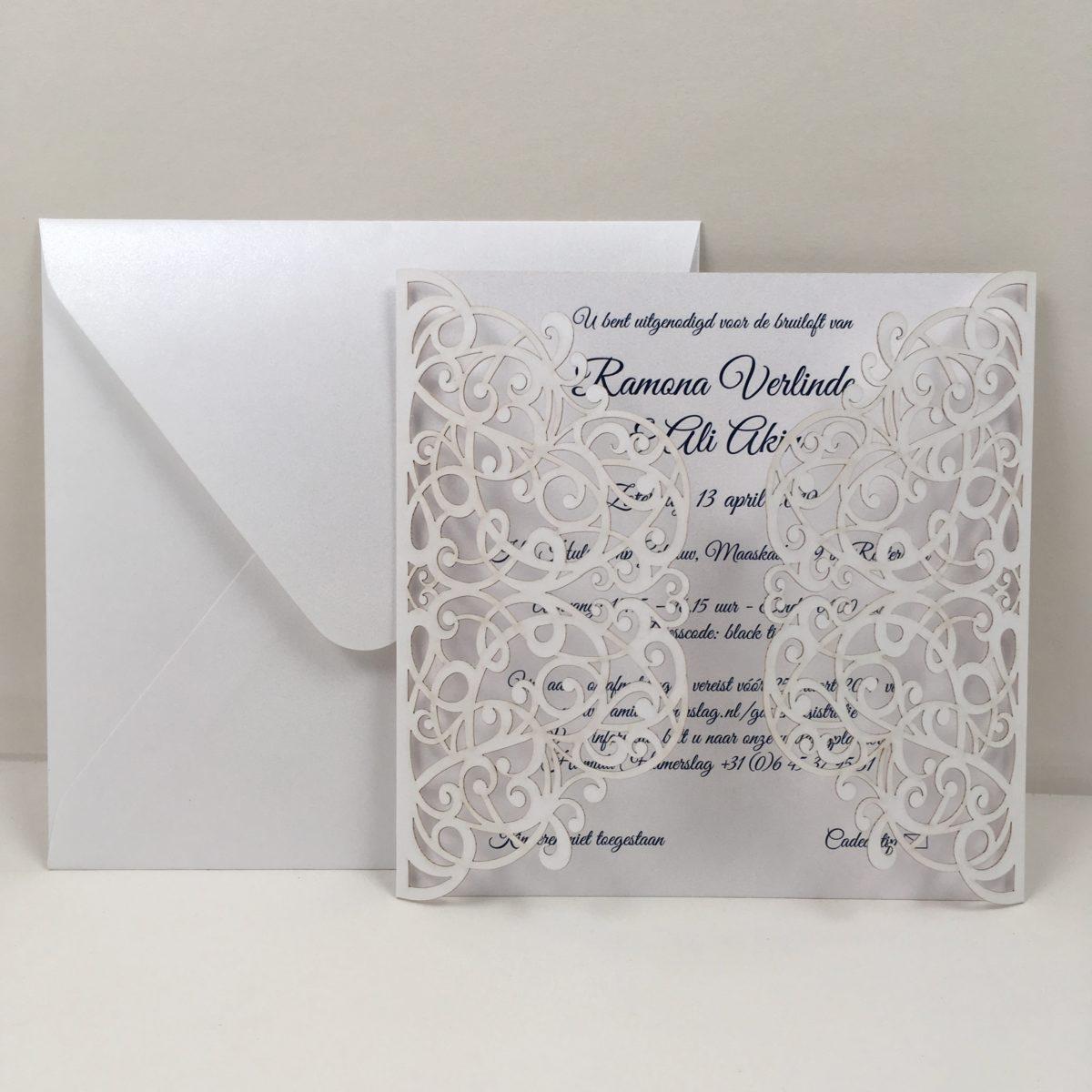 gelaserde uitnodiging trouwkaart chic