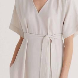 Loose v-neck yoko dress porcelain Zenggi