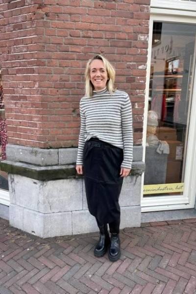 Amira skirt black Knit-ted