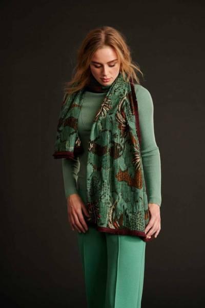 Urban jungle eucalyptus green shawl Pom Amsterdam