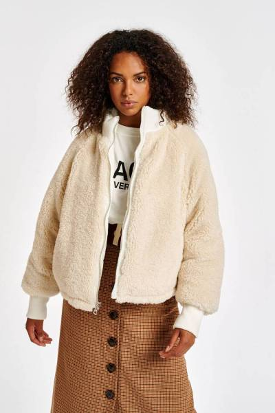 Abrasion faux fur jacket off wh Essentiel