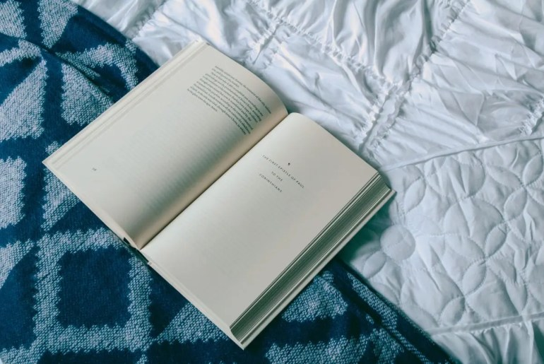 5 Books for Personal Growth to Bring on Your Travels