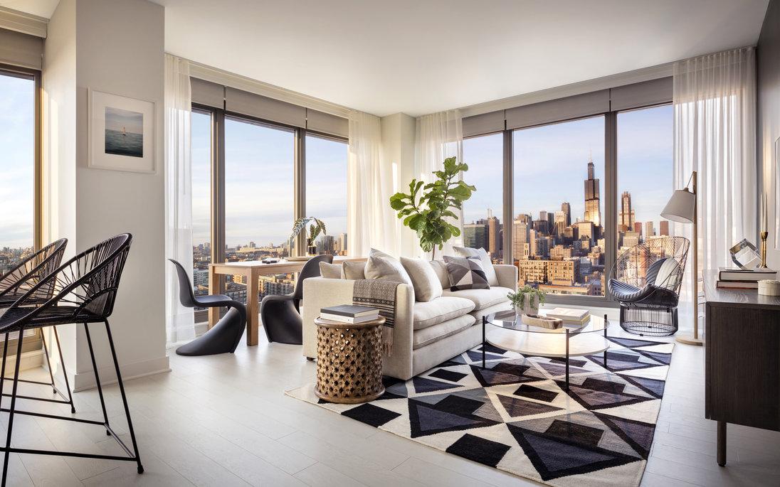 1035 W Van Buren Apartment Interior
