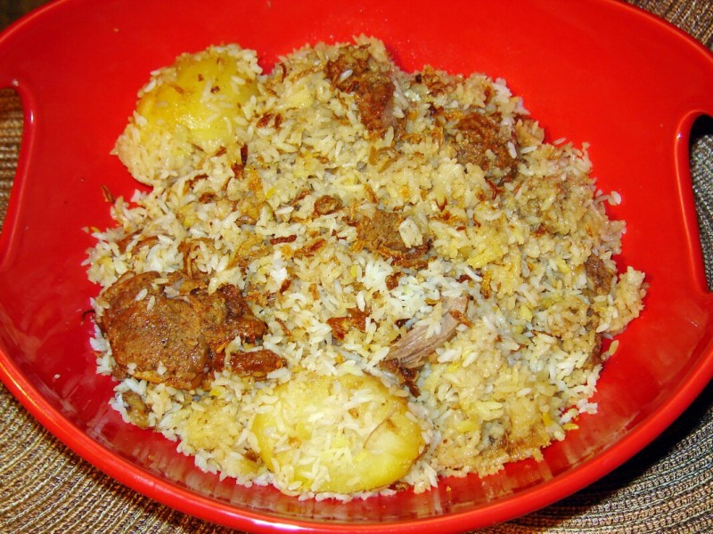 BEST of Bangladesh food : Kacchi Biryani !