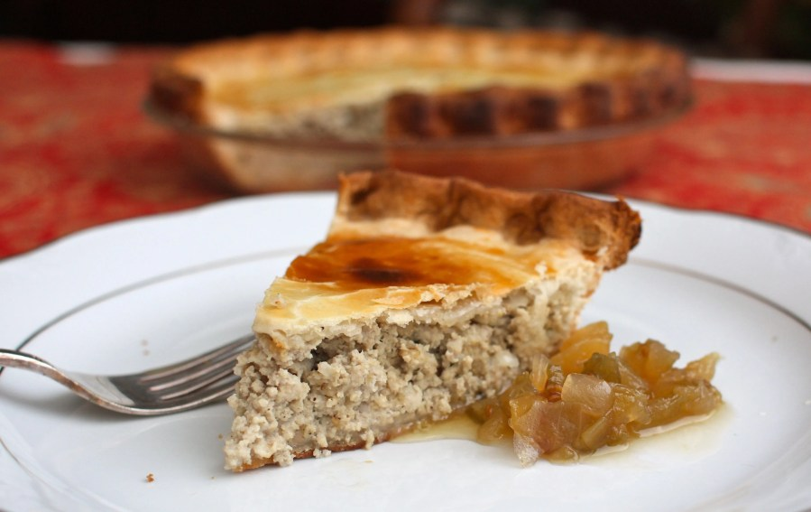 BEST of Canada food : Tourtiere from Quebec City !