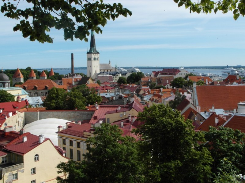 Estonia : small country with 2,300 miles of coastline!