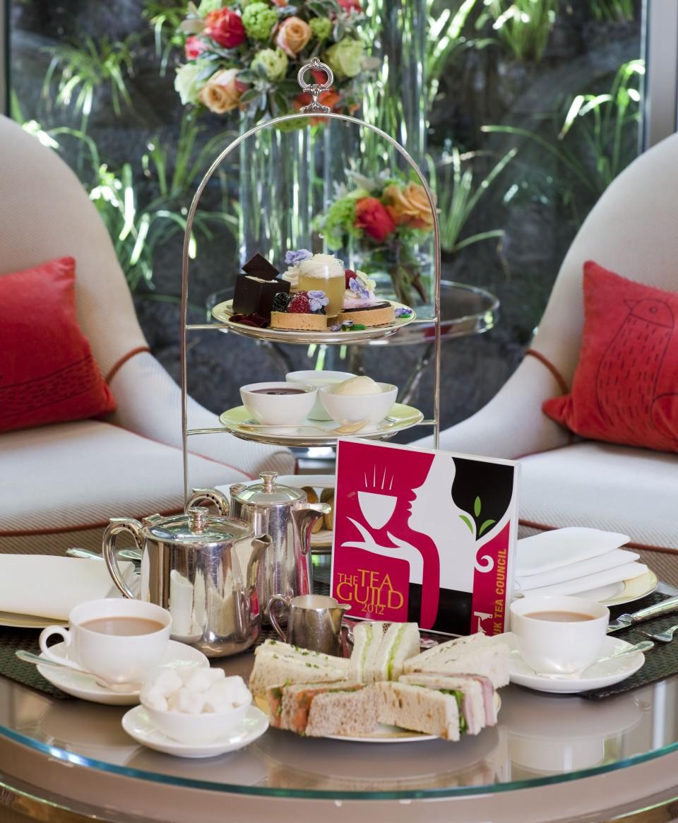 Best of London award winning Afternoon Tea at the Athenaeum Hotel in London, England (photo hotel-magazine.co.uk)