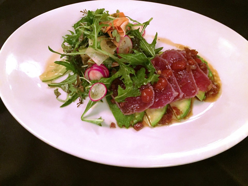 Pennsylvania 6 DC : Seared Tuna Sashimi with pickled vegetables, red mustard greens, radish, cilantro, sriracha, sweet onion sauce