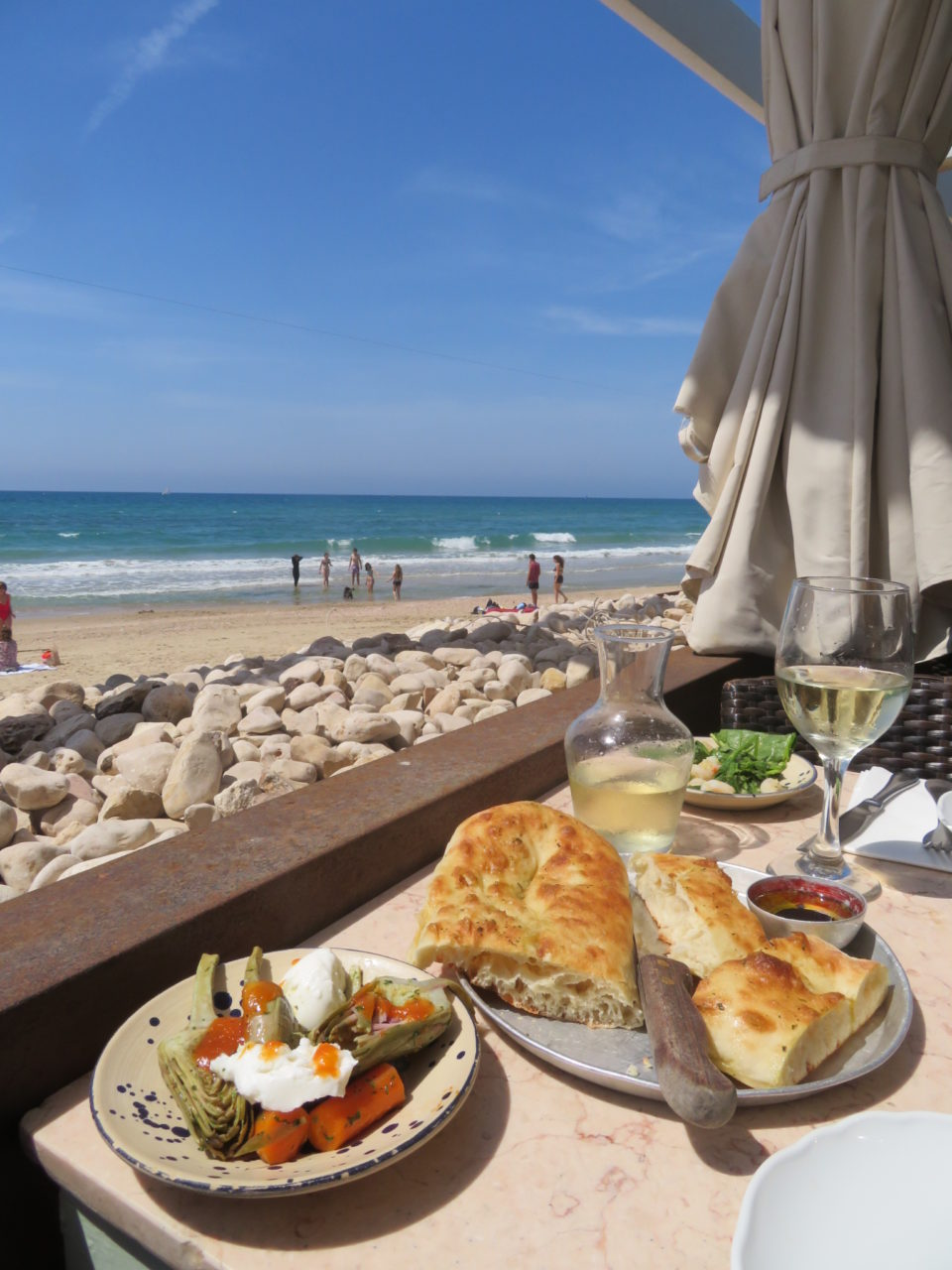 Favorite Israel Vacation Experiences : Manta Ray Restaurant on the beach in Tel Aviv