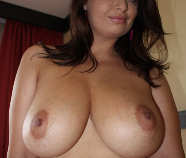 Jolie Age  Hi I Am Monique And I Love Meeting Up For A Hot And Sensual Encounter