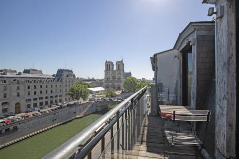 appartements parisiens avec poutres