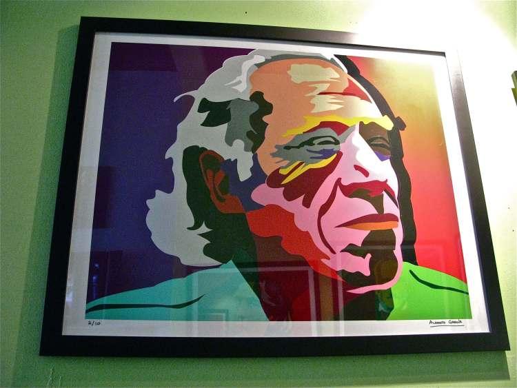 Pulp, un Charles Bukowski a fine carriera con un noir surreale